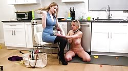GirlsWay Dee Williams And Bunny Colby No Nonsense Nanny